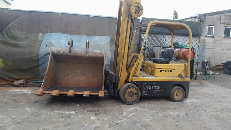 heavy-digger-bucket-repairs-3