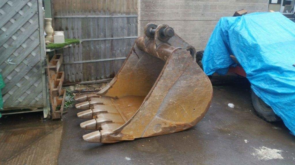 heavy-digger-bucket-repairs