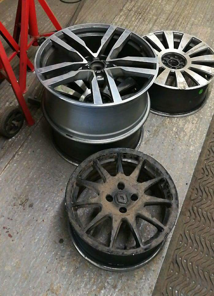 SAS Alloy Wheel Repairs in Glastonbury, Somerset