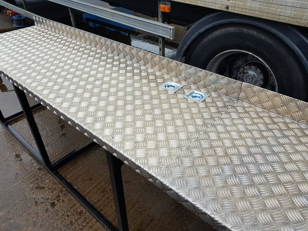 tig-welded-work-benches-sas-welding-services